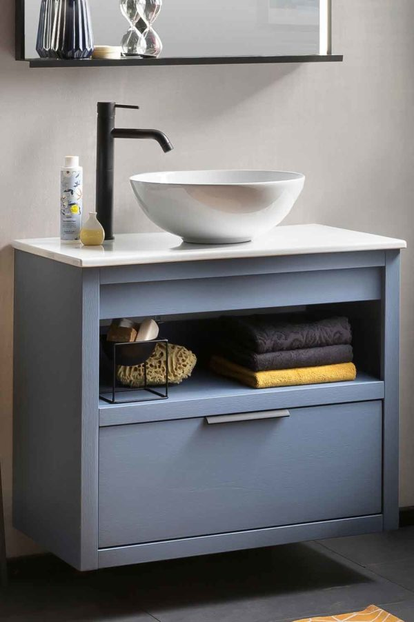 Houten badkamermeubel 80 cm, bestaande uit een onderkast uit massief eiken blauw gespoten met een keramisch blad met daarop een spierwitte keramische  waskom