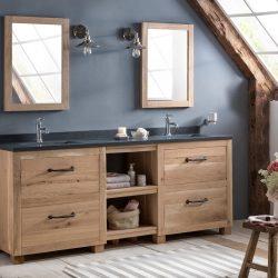 landelijke badkamer met eiken badkamermeubel