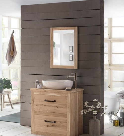 Mooi eiken badkamermeubel staand met keramische waskom en bijpassende spiegel