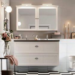 hangend badkamermeubel op maat met betonnen wastafelblad