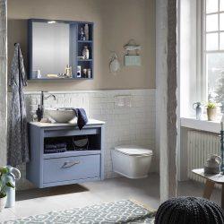 hangend badmeubel met keramisch wastafelblad en waskom met bijpassende spiegelkast