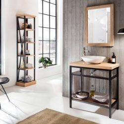 industrieel badkamermeubel met eiken wastafelblad en eiken spiegel