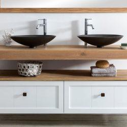 Landelijk badkamermeubel met twee waskommen en twee lades
